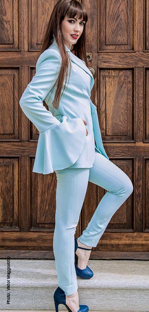 completo pantalone azzurro